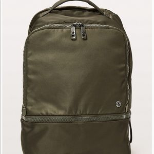 🌺Lululemon City adventurer backpack 17L 🧘🏻♀️